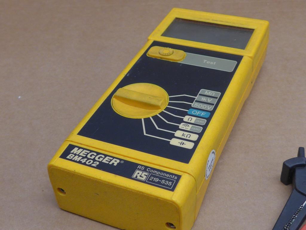 Electrical Test Meters : Megger bm electrical test meter ebay