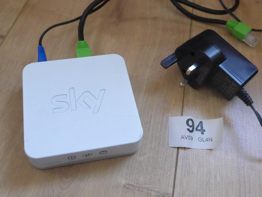 Sky Broadband Wireless Wifi Signal Booster Extender Sb601